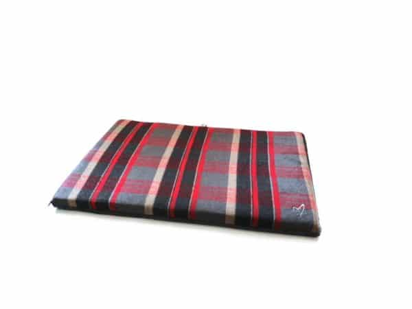Product 1 GorPets Camden Comfy Mat Red Check