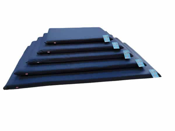 Product 1 GorPets Outdoor Crate Mat Navy Set