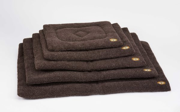 Product 1 GorPets Sherpa Brown Set 1